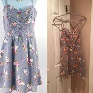 LC Lauren Conrad Gray Floral Dress Size 6